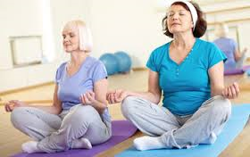 senior-meditation